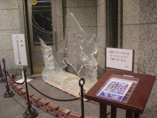 こうした氷の彫像が出来るのは北海道ならではです。