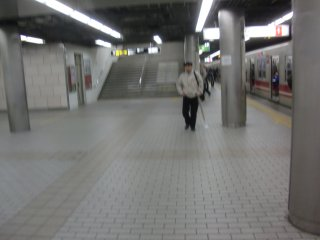 昨日火災騒ぎのあった地下鉄梅田駅です。