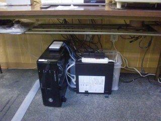 ダブついた電線はプラボックスに収容。
