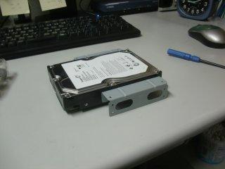 増設した内蔵HDDですが、結局HDD自体が潰れていました。