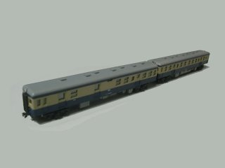久々の鉄道模型・KATOのキハ20ブルー塗装セットです。