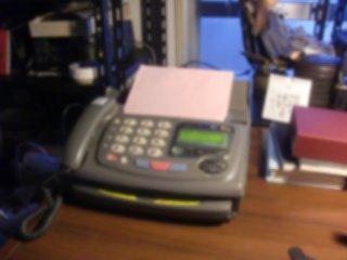 FAX電話機でのFAX送信がなかなか上手くいきませんでした。