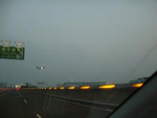 今日は阪神高速経由で梅田に向かいました。