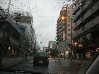 子供を茨木市内まで送る事に。