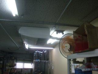 エアコンが壊れていたそうです。