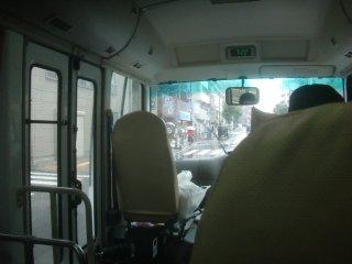 上野駅までホテルの送迎バスに乗りました。