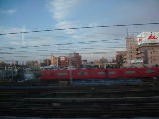 名鉄電車が見えると少しばかりほっとします。