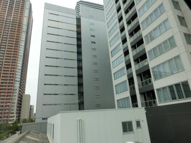 今や新横浜を脅かす勢いのタワーリングジャングル・武蔵小杉です。