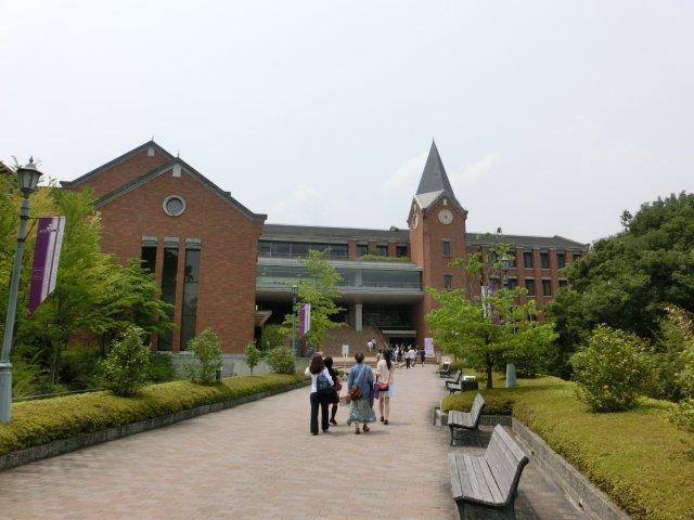 京田辺市の同志社女子大学のオープンキャンパスに行きました。