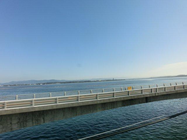 浜名湖付近を快走。
