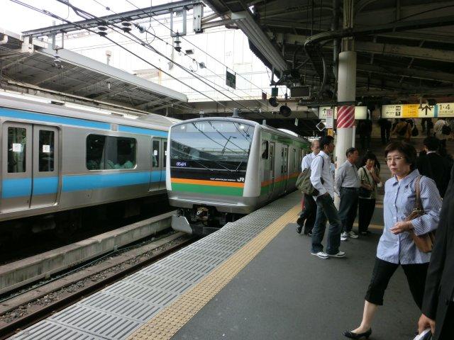 上野発籠原行普通電車。