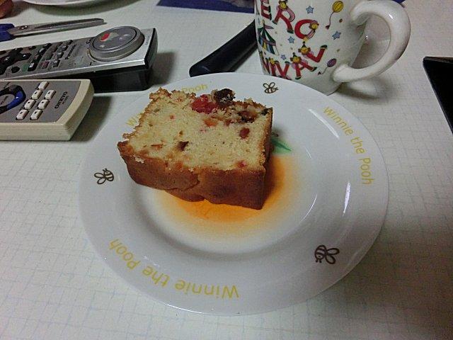 コルドンブルーのフルーツケーキです。