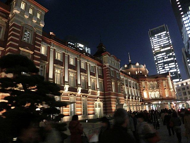 リニューアルした東京駅駅舎です。