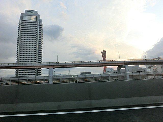 帰りは阪神高速を使いました。