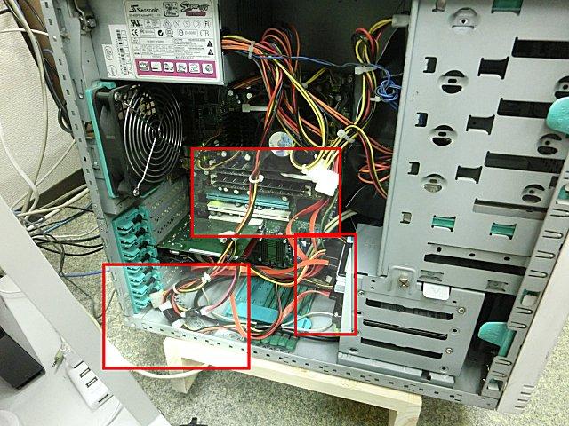 サブサーバの徹底清掃・整備を実施。
