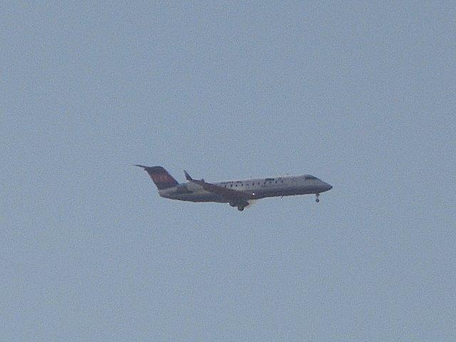 今日の飛行機はIBEXのCRJ-100型機です。