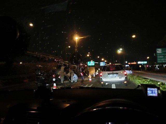事故渋滞に巻き込まれました。
