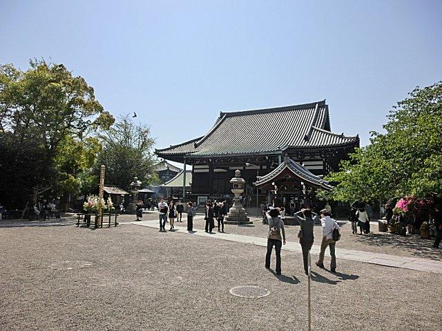 一心寺にお参りに行きました。