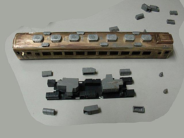 キハ58系の元の床下パーツです。
