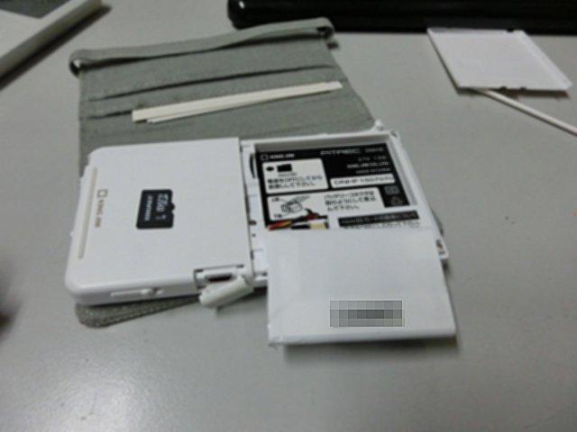 SDカードは接触部の清掃が欠かせません。