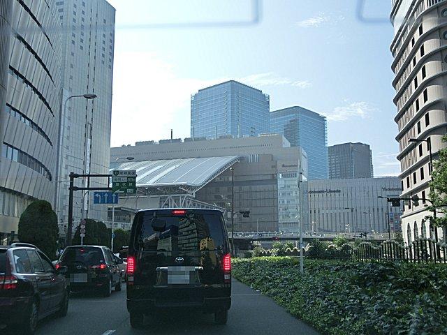 大阪・梅田を通って帰りました。