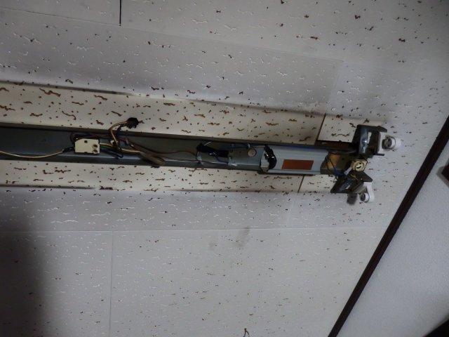 久々に電気工事をしました。