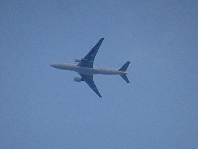 RWY14Rからの出発機の様です。