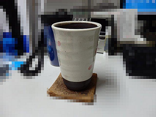 もう一方は会社でコーヒーカップとして使用中。