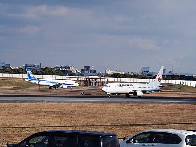 A320−200とB737−800です。