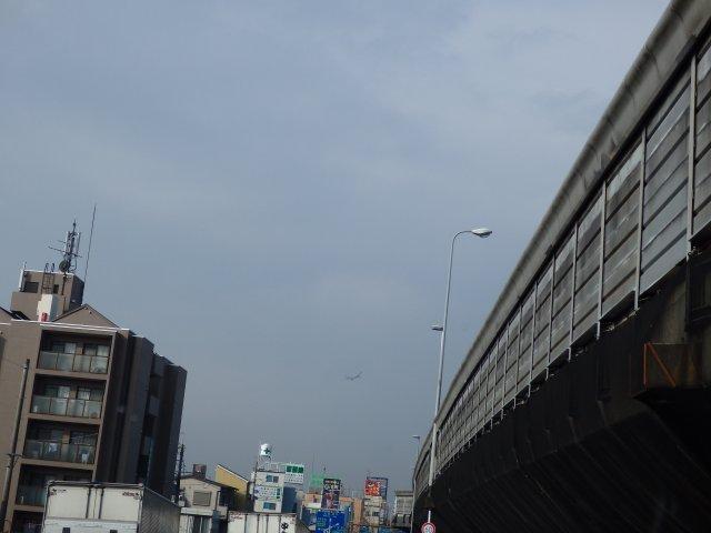 これから軍行橋を渡ります。