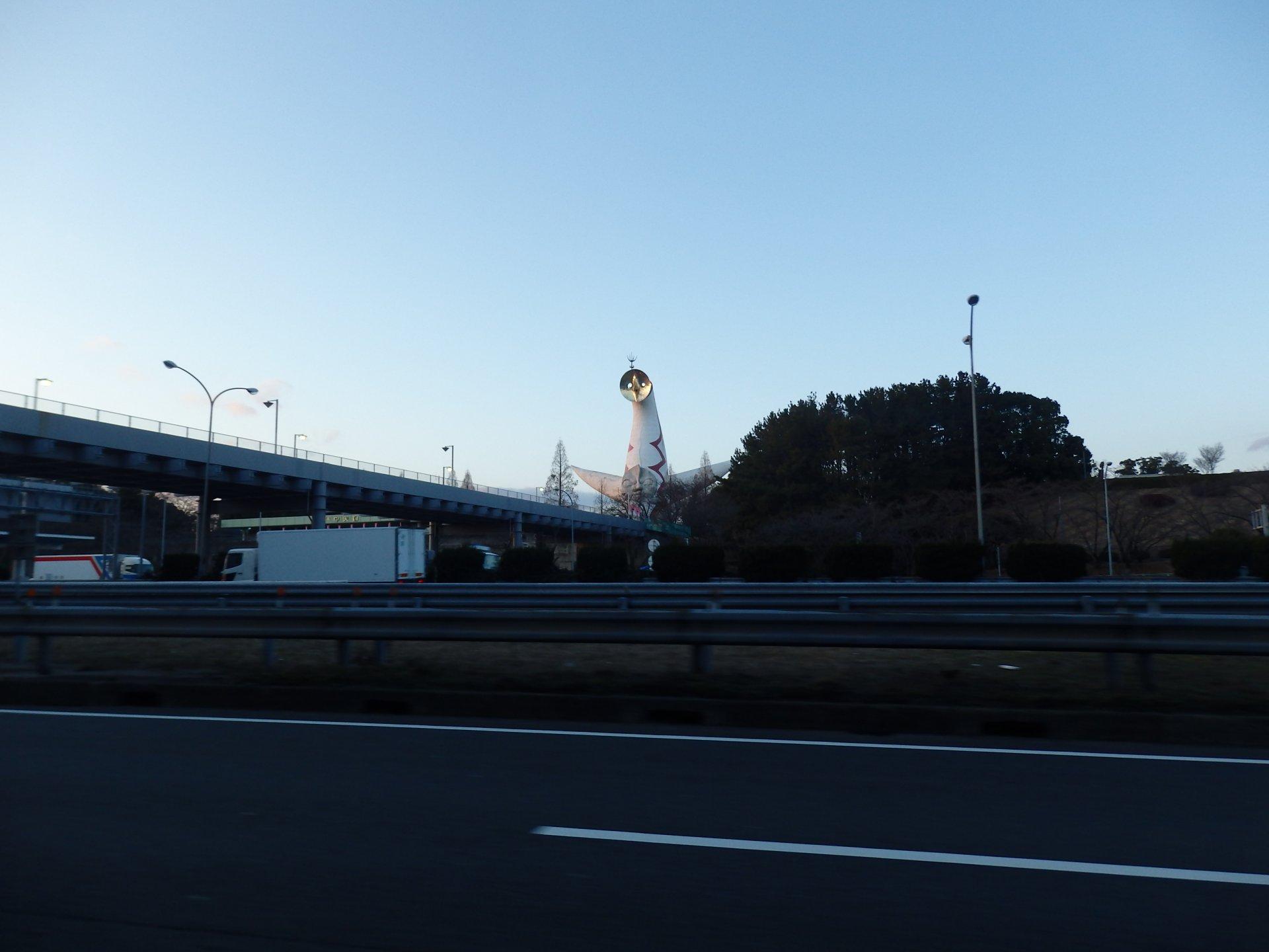 岡本太郎死すとも太陽の塔は永遠なれ。