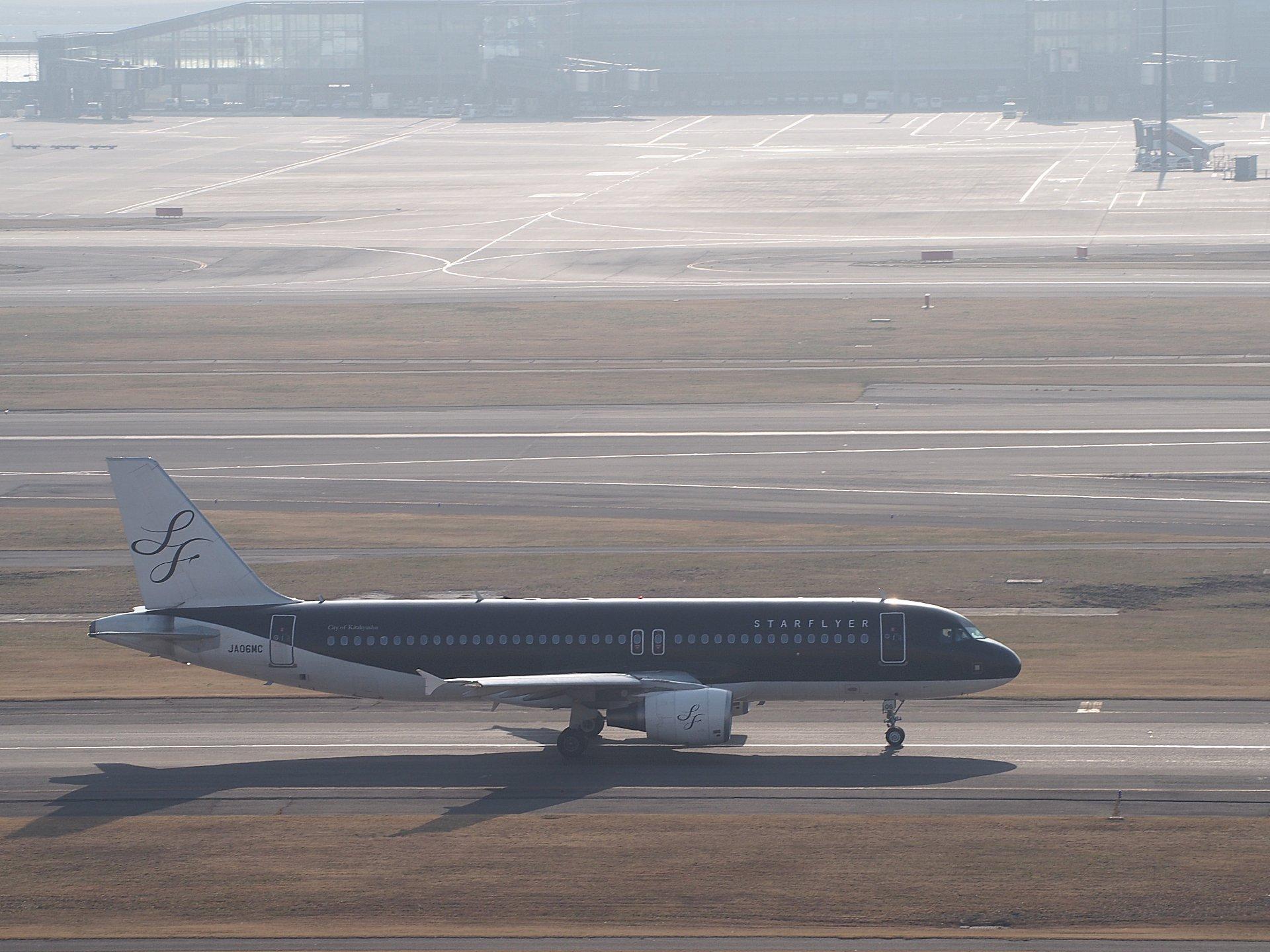 大阪では見られないA320です。