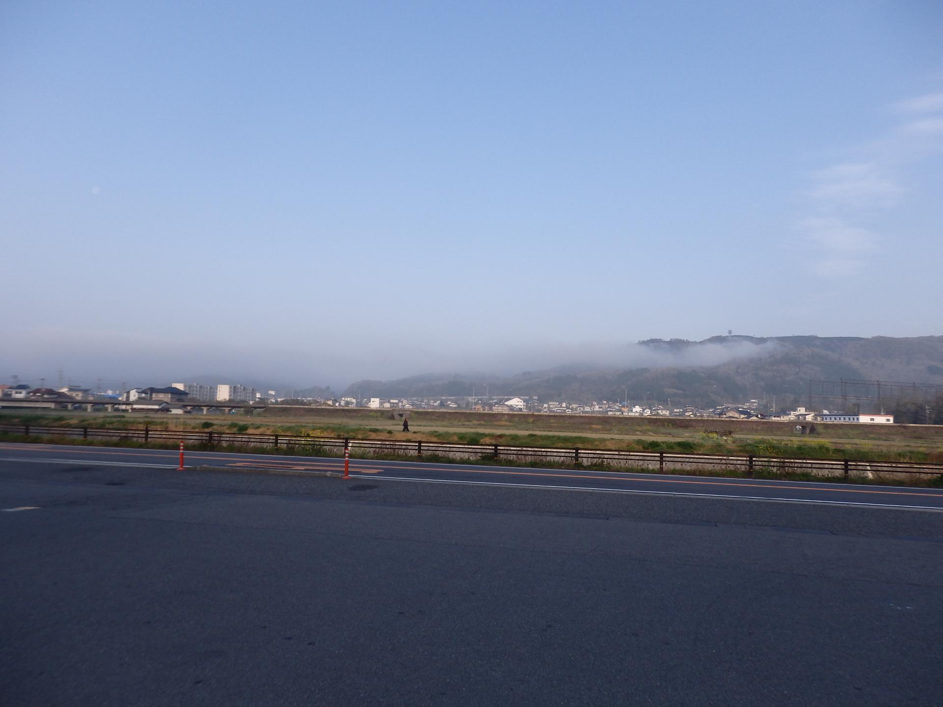 佐用の朝霧です。