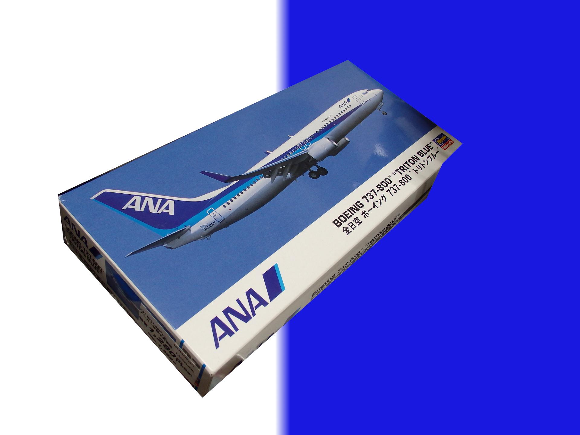 ANA B737-800のキットです。