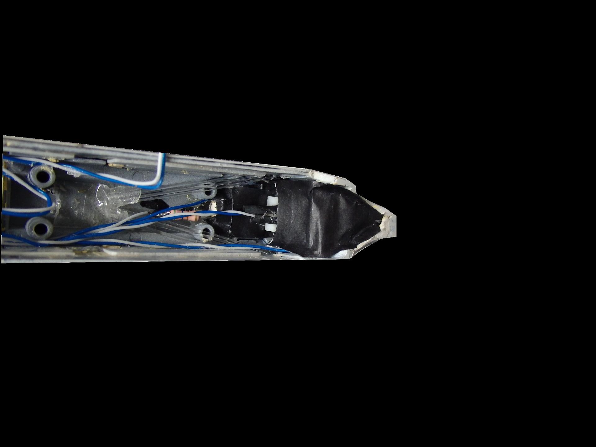 クモE4−600のスカートライト点灯化製作。