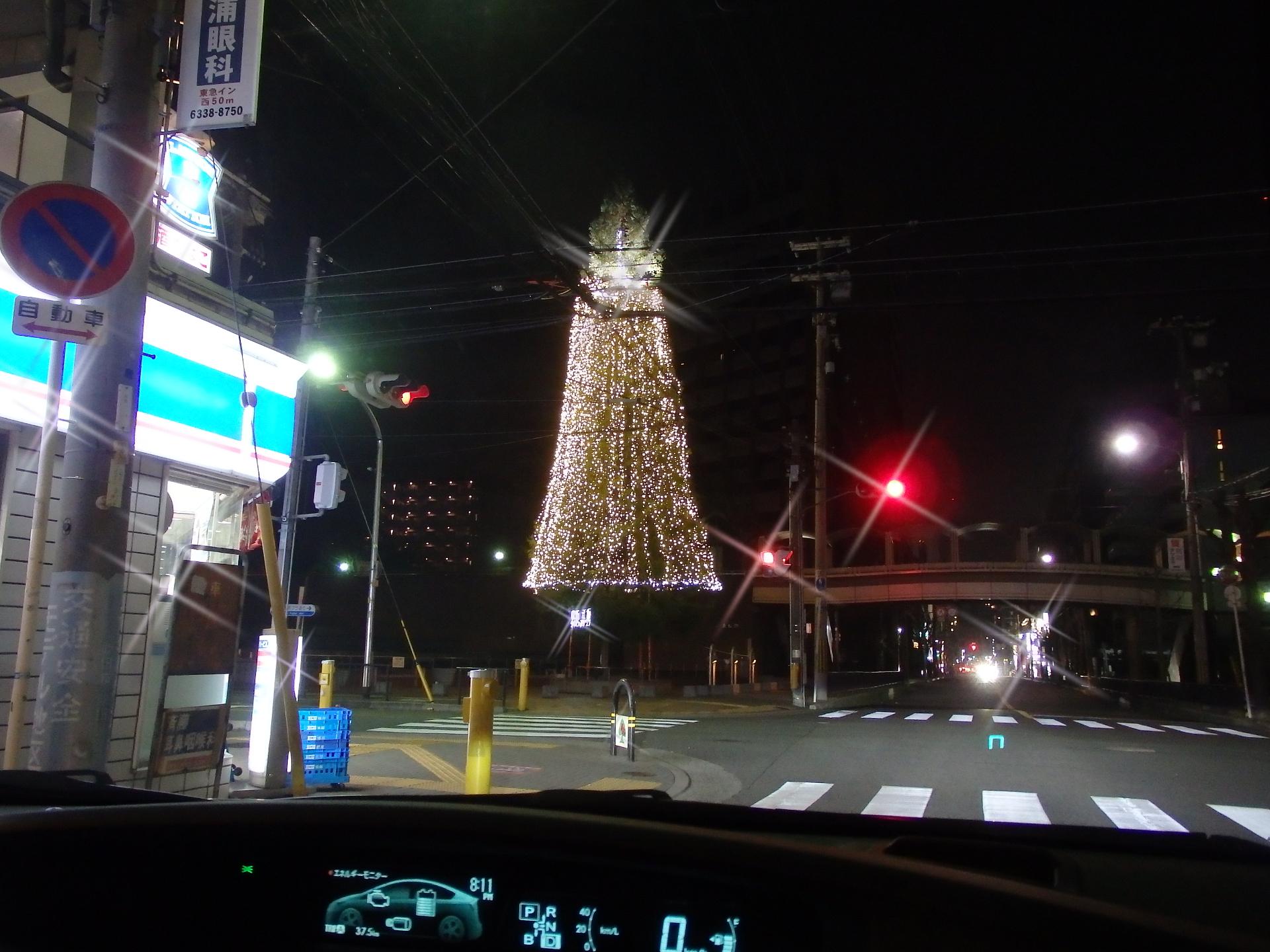 江坂公園のイルミネーション。