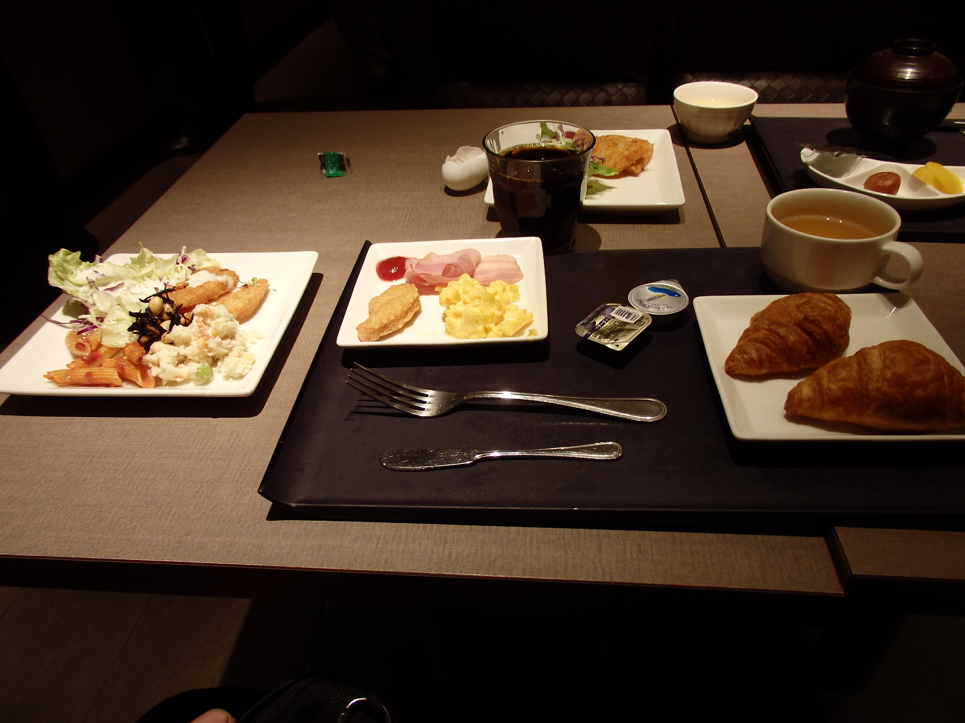 洋食にしました。