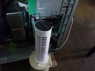 USBスタンド扇風機でHDDの恒久冷却開始。