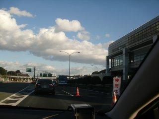 イ・ミョン・バク大統領来日警備の為中国道は大渋滞。