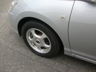 遅ればせながら冬用タイヤに換えました。