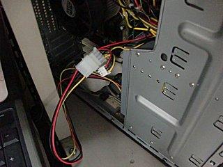 FAX-PC機の光学ドライブに接続。